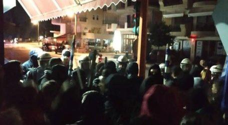 Ακόμη εννέα άτομα συνελήφθησαν για συμμετοχή στα επεισόδια κοντά στο σπίτι της βουλευτού Ελ. Σκούφα