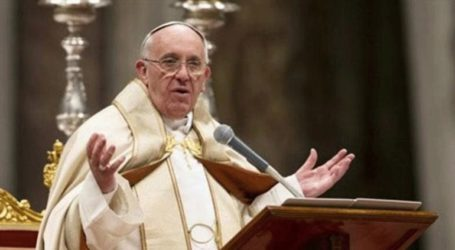 O Πάπας Φραγκίσκος «ζητεί δίκαιη και ειρηνική λύση» στη Βενεζουέλα