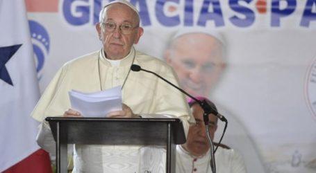 Έκκληση του Πάπα Φραγκίσκου να μην ξεχαστούν «οι μαύρες σελίδες της Ιστορίας»