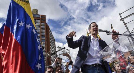 Σε νέες διαδηλώσεις καλεί ο Γκουαϊδό