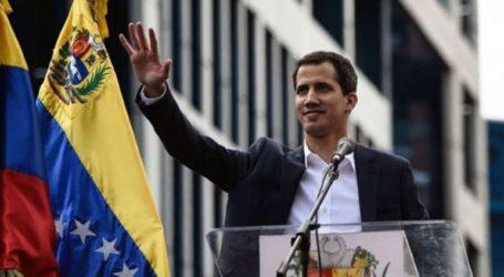 Το Ανώτατο Δικαστήριο απαγορεύει την έξοδο από τη χώρα και παγώνει τα περιουσιακά στοιχεία του Γκουαϊδό
