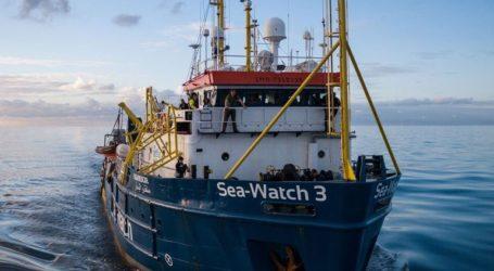 Αποβιβάζονται στο λιμάνι της Κατάνης οι μετανάστες που επιβαίνουν στο πλοίο Sea Watch 3