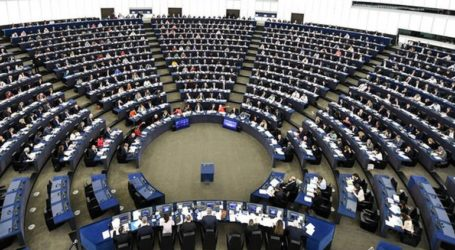 H ΕΕ να αναγνωρίσει τον Γκουαϊδό ως «νόμιμο προσωρινό πρόεδρο»