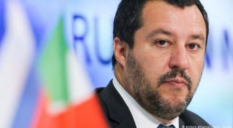 Το 57% των Ιταλών είναι της γνώμης ότι ο Ματτέο Σαλβίνι δεν πρέπει να δικαστεί