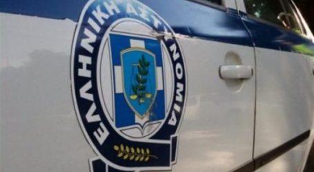 20χρονος εισέβαλε με μαχαίρι σε ενεχυροδανειστήριο της Λάρισας αρπάζοντας 2000 ευρώ