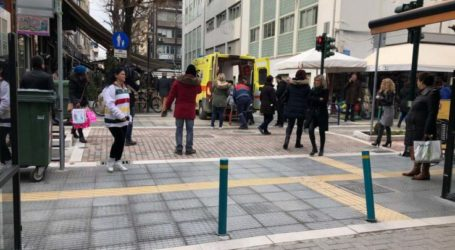 Οι διασώστες του ΕΚΑΒ καταγγέλλουν: Ο δήμος Λαρισαίων γέμισε απροειδοποίητα με νέες μπάρες τους πεζοδρόμους!