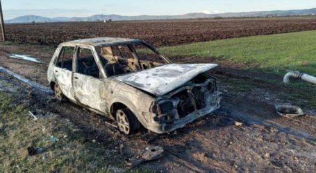 Έκλεψαν όχημα και … του έβαλαν φωτιά στα Φάρσαλα!