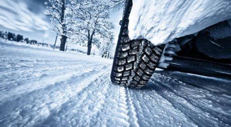 Δέκα συμβουλές ασφαλούς οδήγησης σε χιόνι και πάγο