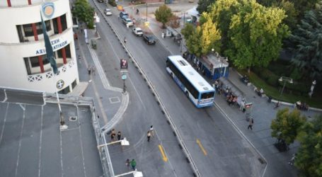 Τι γίνεται με τα πάρκινγκ στη Λάρισα μετά την αναμόρφωση των δρόμων