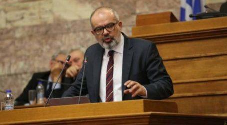 Μπαργιώτας βάλλει κατά Πολάκη για τα πλαστά πτυχία του διοικητή του Γενικού Κρατικού Νίκαιας