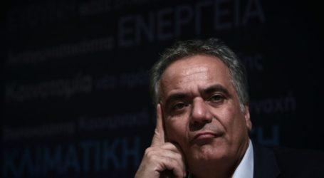 Όταν διαδηλωτές βρήκαν τον Σκουρλέτη. Η αντίδραση του Γραμματέα του ΣΥΡΙΖΑ