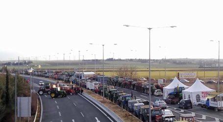 Στήνεται αγροτικό μπλόκο στη Λάρισα στις 28 Ιανουαρίου – Μπαράζ αγροτικών συσκέψεων