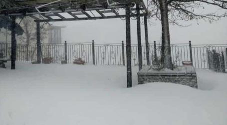 Στους 20 πόντους το χιόνι στη Σπηλιά Κισσάβου, χιόνισε και στα ορεινά της Ελασσόνας – Δείτε φωτογραφίες