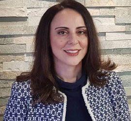 Η Γεωργία Καραστάθη, δικηγόρος παρ' Αρείω Πάγω, νέα γ.γ. Τουρισμού