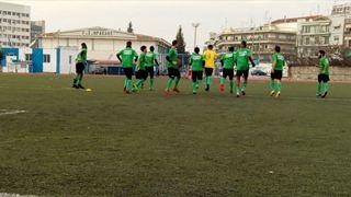 Κλοτσιά στον ρατσισμό από την ποδοσφαιρική ομάδα προσφύγων της ΑΡΣΙΣ
