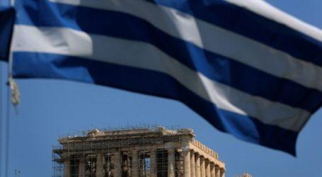 Η Ελλάδα αφήνει πίσω της την κρίση