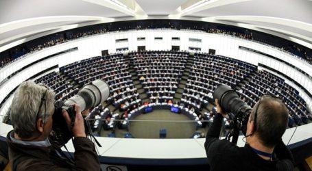 Οι θεωρίες συνωμοσίας θα κυριαρχήσουν στις εκλογές του Ευρωπαϊκού Κοινοβουλίου τον Μάιο;