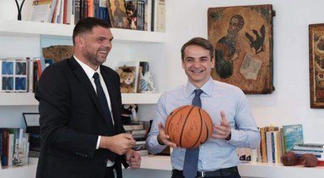 Υποψήφιος με τη ΝΔ ο παλαίμαχος μπασκετμπολίστας Δ. Παπανικολάου