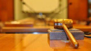 «Φρένο» στις δημόσιες τοποθετήσεις πολιτικών που αμφισβητούν το τεκμήριο της αθωότητας κατηγορουμένων