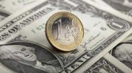 Οριακή πτώση για το ευρώ