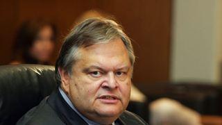 Ο κ. Τσίπρας διαμορφώνει ένα κοινοβουλευτικό σύστημα χωρίς κανένα θεσμικό, πολιτικό και ηθικό φραγμό