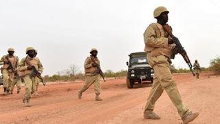 Nεκροί τουλάχιστον 150 «τρομοκράτες» σε στρατιωτική επιχείρηση