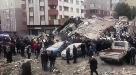 Ένα 5χρονο κορίτσι ανασύρθηκε ζωντανό 18 ώρες μετά την κατάρρευση του κτηρίου στην Κωνσταντινούπολη