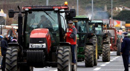 Κλειστός ο κόμβος Δερβενίου – Συνεχίζουν τις κινητοποιήσεις τους αγρότες και κτηνοτρόφοι στην Κεντρική και Δυτική Μακεδονία