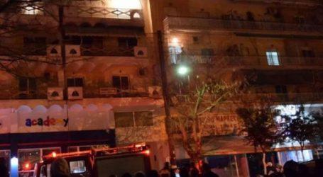 Έξι άτομα στο νοσοκομείο έπειτα από πυρκαγιά σε πολυκατοικία