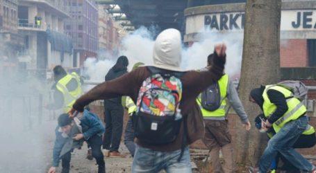 Τρεις φωτορεπόρτερ κατηγορούν την αστυνομία ότι τους στοχοθέτησε σκόπιμα στη διαδήλωση των «κίτρινων γιλέκων»