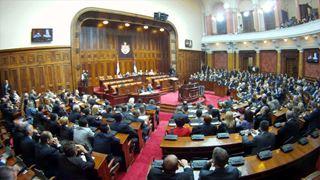 Η αντιπολίτευση ζητά πρόωρες εκλογές