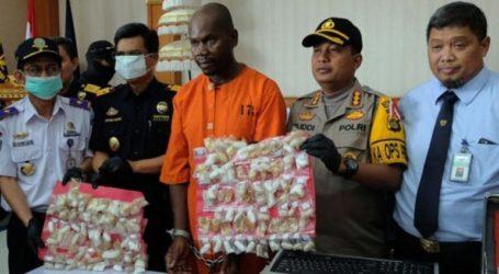 Συνελήφθη Τανζανός στο Μπαλί με περισσότερο από ένα κιλό μεθαμφεταμίνης στο στομάχι του