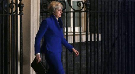 Η Μέι παίζει καθυστερήσεις για να εξασφαλίσει παραχωρήσεις στη Σύνοδο Κορυφής της Ε.Ε.