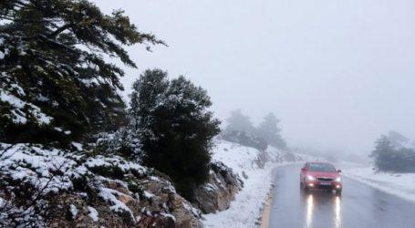 Διακοπή κυκλοφορίας στη Λ. Πάρνηθας λόγω χιονόπτωσης