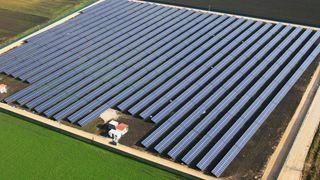 Κίνητρα για τις ενεργειακές κοινότητες ανήγγειλε ο Γ. Σταθάκης