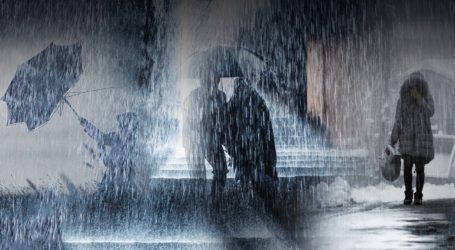 Υποχωρεί σταδιακά η «Χιόνη» αλλά συνεχίζει να δίνει βροχές στα νότια