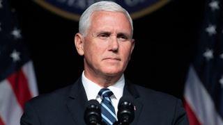 Ο αντιπρόεδρος των ΗΠΑ καλεί τους ηγέτες της ΕΕ να αναγνωρίσουν τον Γκουαϊδό ως πρόεδρο της Βενεζουέλας