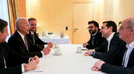 Μακρά συζήτηση Τσίπρα-Μπάιντεν για περιφερειακές εξελίξεις, με έμφαση σε Τουρκία και ενεργειακά