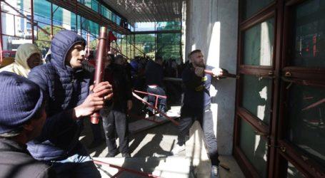 Δεκαπέντε διαδηλωτές συνελήφθησαν για τα επεισόδια στην έδρα της αλβανικής κυβέρνησης