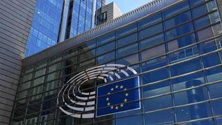 Ευρωπαίος αξιωματούχος καταδικάστηκε σε τέσσερα χρόνια φυλάκιση για βιασμό εντός του κτηρίου της Κομισιόν