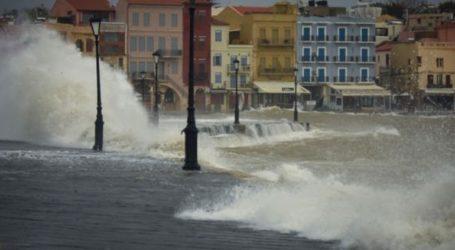 Σε αποκατάσταση των ζημιών από την κακοκαιρία στις παραλίες προχωρά ο δήμος