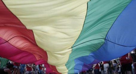 Τρανς γυναίκα πρόσφυγας αλλάζει το φύλο στα επίσημα έγγραφά της