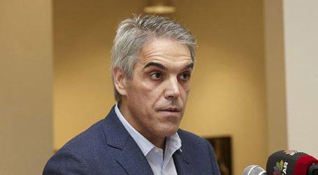 Αποσύρεται και στηρίζει Κώστα Μπακογιάννη για δήμαρχο Αθηναίων