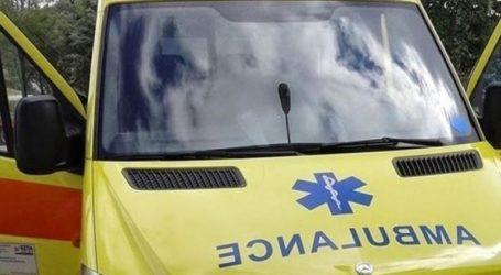 Νεαρός οδηγός εγκλωβίστηκε στο αυτοκίνητό του έπειτα από τροχαίο