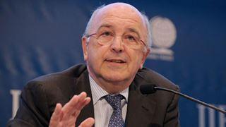 O Χ. Αλμούνια θα αξιολογήσει το πρόγραμμα οικονομικής βοήθειας που έλαβε η Ελλάδα από τον ESM