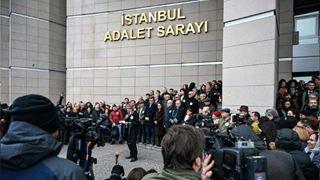 Συγκέντρωση κατά της καταδίκης δημοσιογράφων