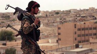 Μαχητές του Ισλαμικού Κράτους αρνούνται να παραδοθούν στις κουρδικές δυνάμεις στο Μπαγούζ