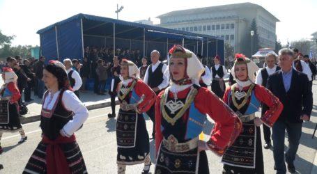 Λαμπρή παρέλαση στα Ιωάννινα για τα 106 χρόνια από την απελευθέρωση της πόλης