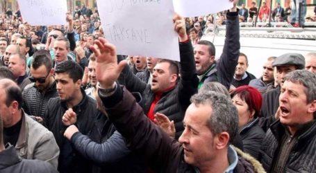Ειρηνική η σημερινή συγκέντρωση της αντιπολίτευσης στα Τίρανα