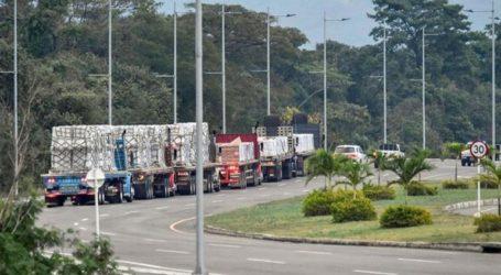 Η Βραζιλία έχει έτοιμους 200 τόνους βοήθειας αλλά τα φορτηγά δεν μπορούν να περάσουν τα σύνορα